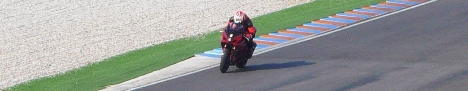 Cordolo - Moto Supersportive in Pista